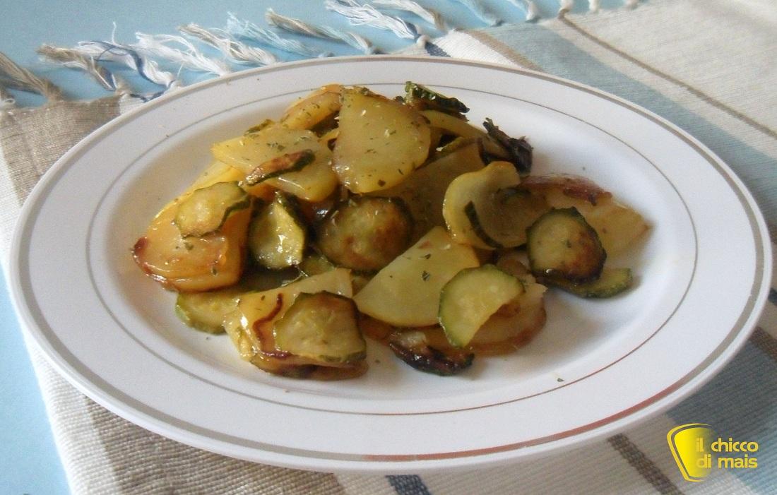 Ricette con zucchine facili e veloci il chicco di mais patate e zucchine in padella
