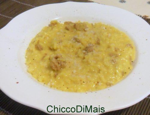Risotto allo zafferano e salsiccia (ricetta primo)