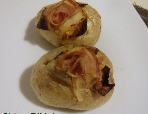 Jacket potato o patate farcite (ricetta inglese)