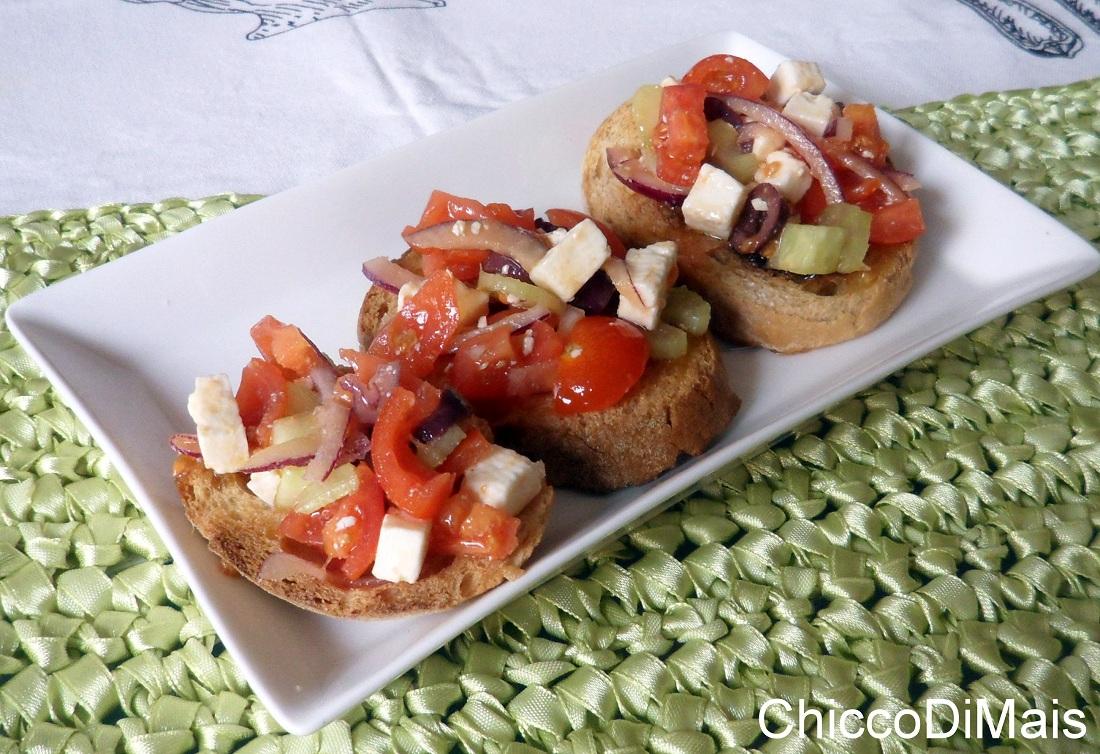 antipasti freddi Bruschette alla greca ricetta estiva il chicco di mais