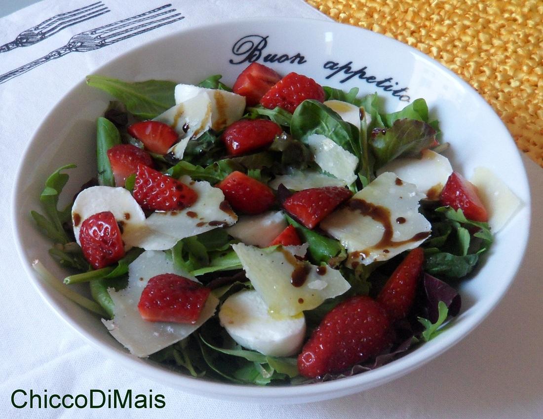 Ricette con fragole dolci e salate facili e veloci il chicco di mais insalata con fragole
