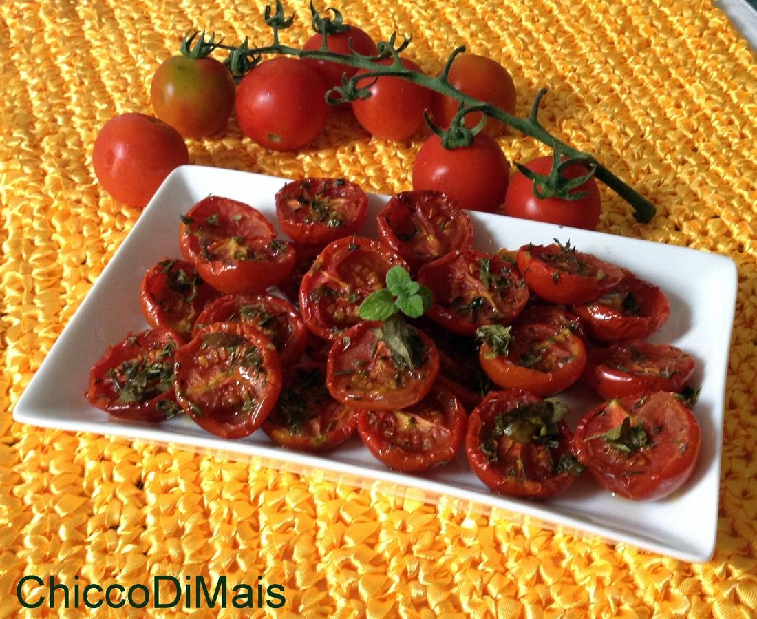 Pomodori confit ricetta base il chicco di mais
