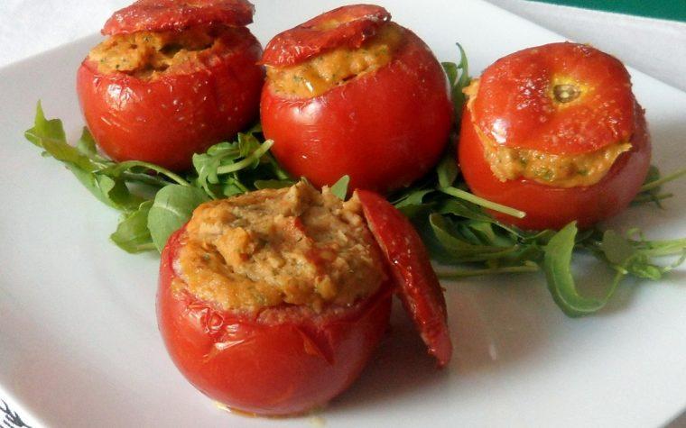 Pomodori ripieni di tonno (ricetta al forno)