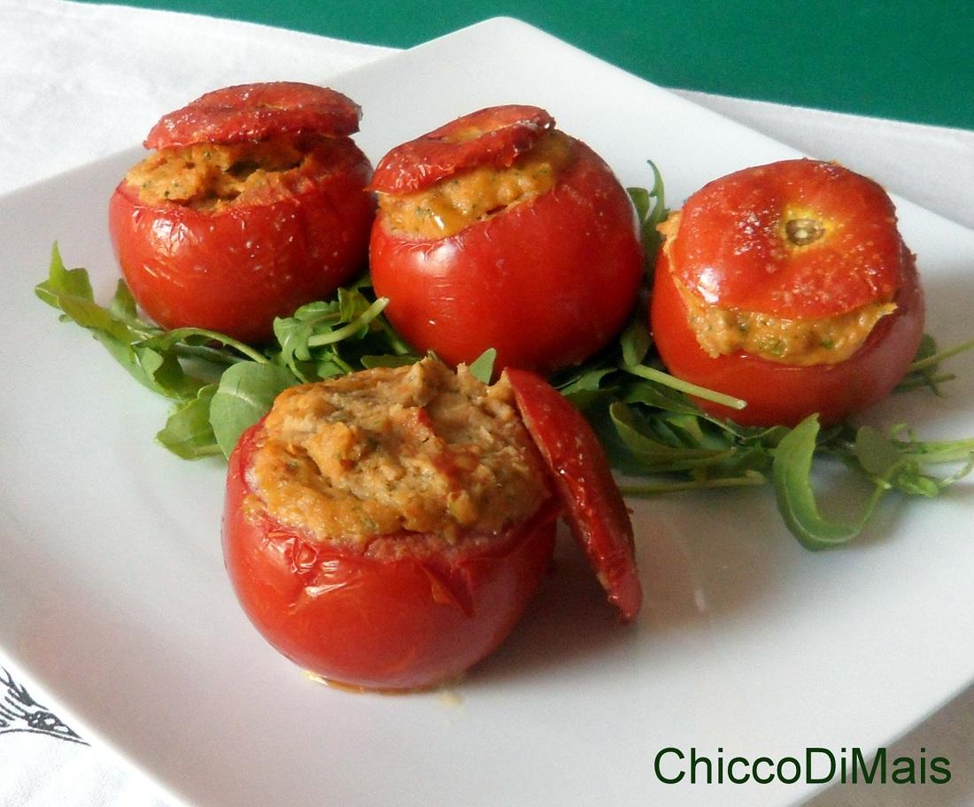 antipasti freddi Pomodori ripieni di tonno ricetta al forno il chicco di mais