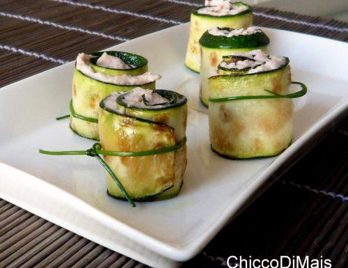 Rotolini di zucchine con mousse al cotto (ricetta fingerfood)