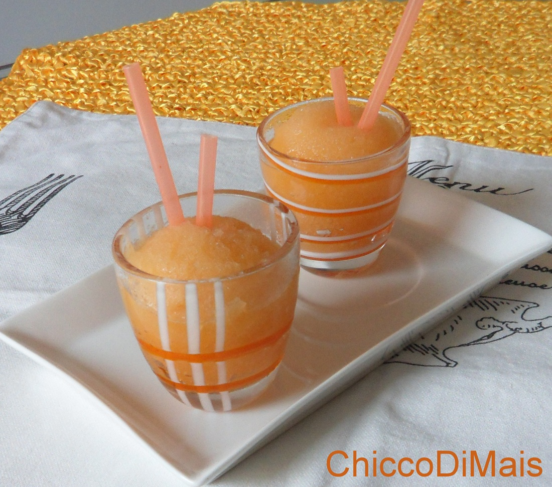 Raccolta di ricette dolci senza cottura il chicco di mais sorbetto al melone senza gelatiera
