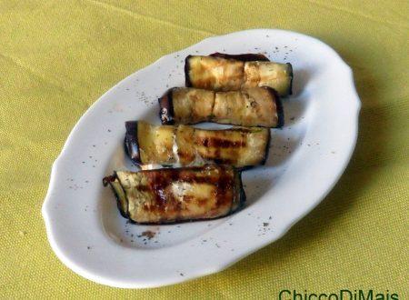 Involtini di melanzane con robiola e balsamico (ricetta fingerfood)