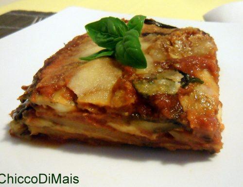 Parmigiana di melanzane e patate (ricetta vegetariana)