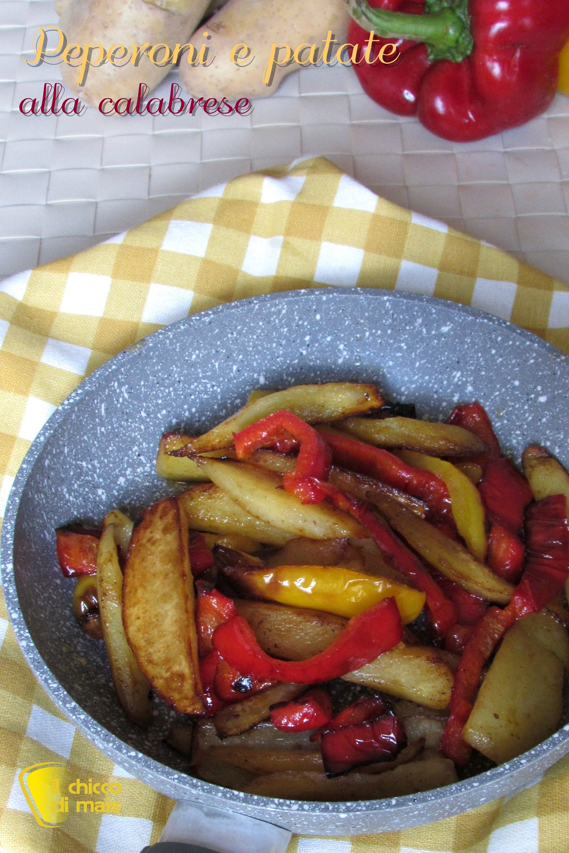 verticale_Contorno di peperoni e patate alla calabrese ricetta pipi e patate in padella il chicco di mais