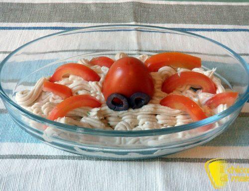 Piovra di pomodoro su mousse di tonno (ricetta antipasto Halloween)