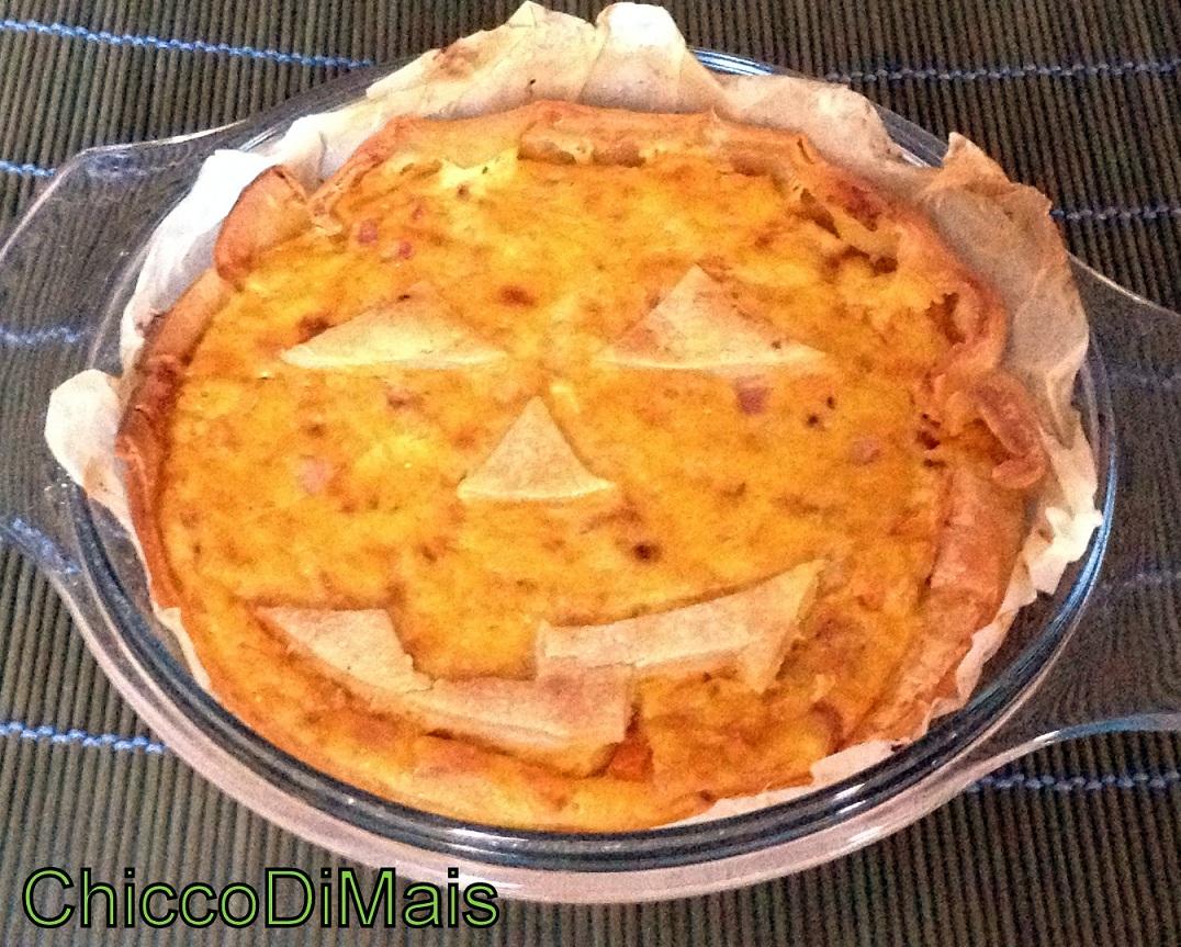 Raccolta di ricette con la zucca dolci e salate Torta-salata-con-zucca-e-pancetta-ricetta-di-Halloween-Il-chicco-di-mais