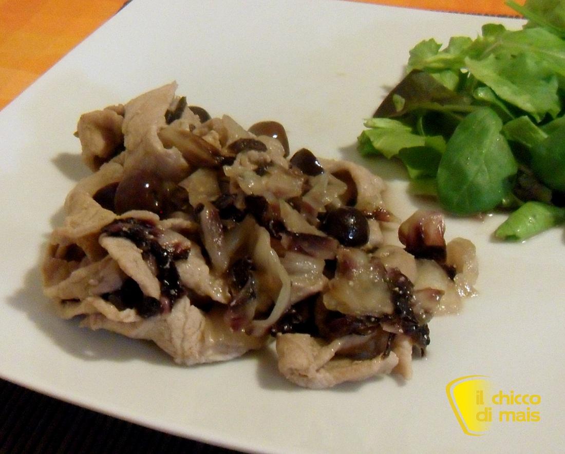https://blog.giallozafferano.it/ilchiccodimais/straccetti-al-radicchio-e-olive-ricetta-veloce/