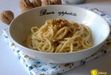 Pasta con salsa di noci (ricetta ligure)