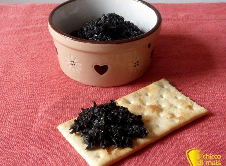 Patè di olive nere (ricetta vegan)