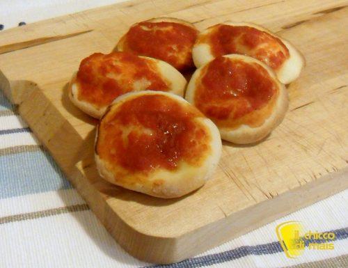 Pizzette rosse senza glutine (ricetta spuntino)