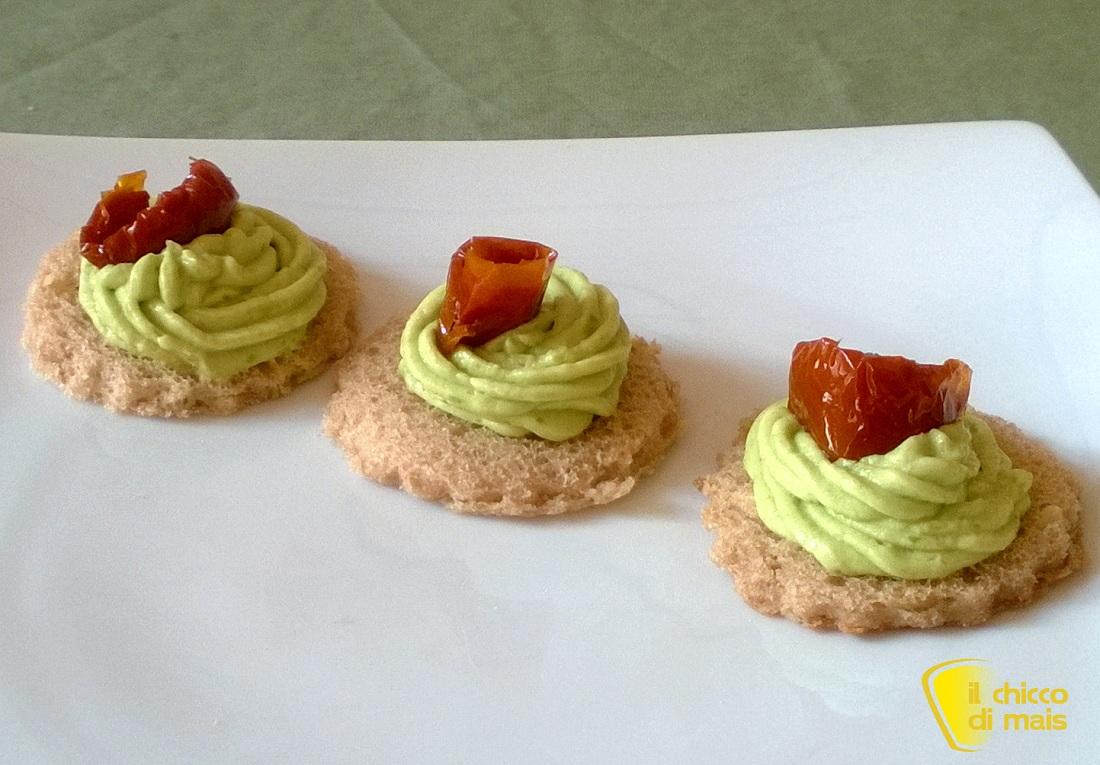 Menu di San Valentino 2014 ricette facili il chicco di mais tartine alla crema di avocado