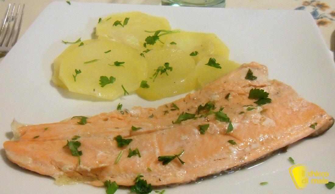 10 secondi di pesce per natale 2014 Trota salmonata al cartoccio ricetta veloce il chicco di mais