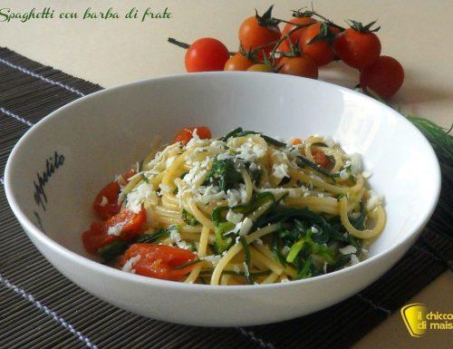 Spaghetti con barba di frate e ricotta salata (ricetta veloce)
