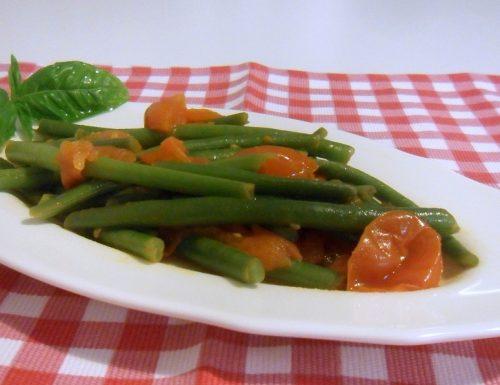 Fagiolini in umido con pomodoro (ricetta contorno)