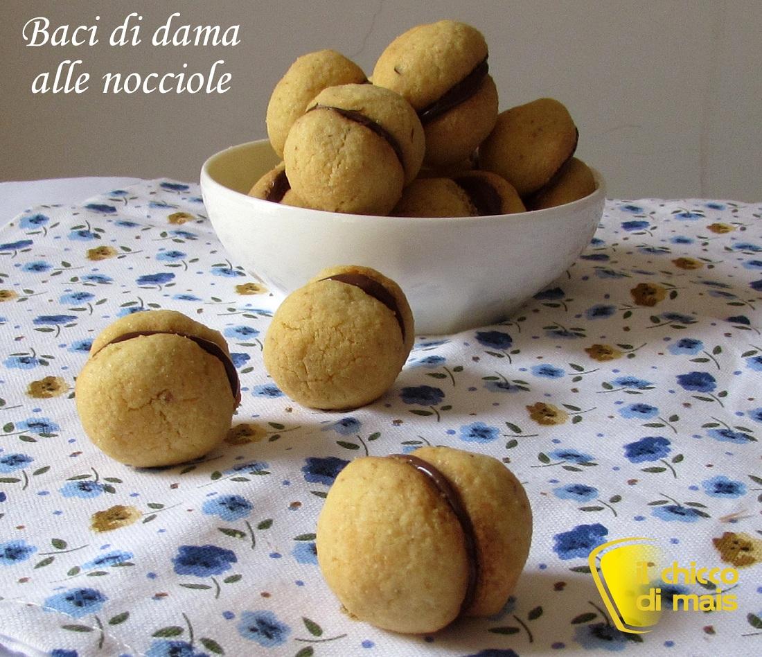 10 dessert per natale 2014  Baci di dama alle nocciole ricetta dolce il chicco di mais