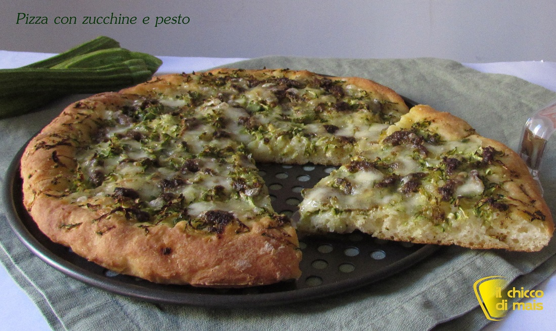 Pizza con zucchine e pesto ricetta vegetariana il chicco di mais