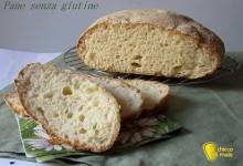 Pane senza glutine con folding nella ciotola
