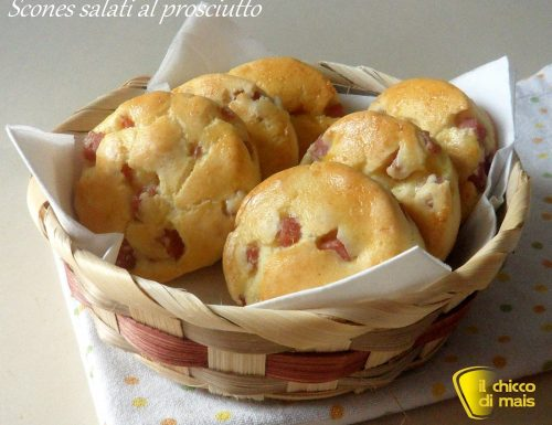 Scones salati al prosciutto (ricetta brunch)