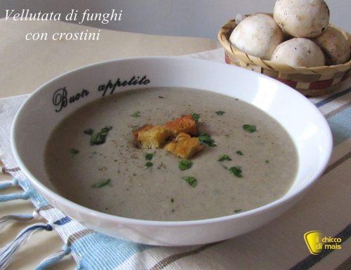 Vellutata di funghi con crostini (ricetta vegetariana)