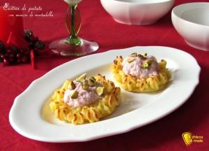antipasti di natale Cestini di patate con mousse di mortadella ricetta il chicco di mais