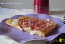 Pizza con pancetta e stracchino (ricetta sfiziosa)