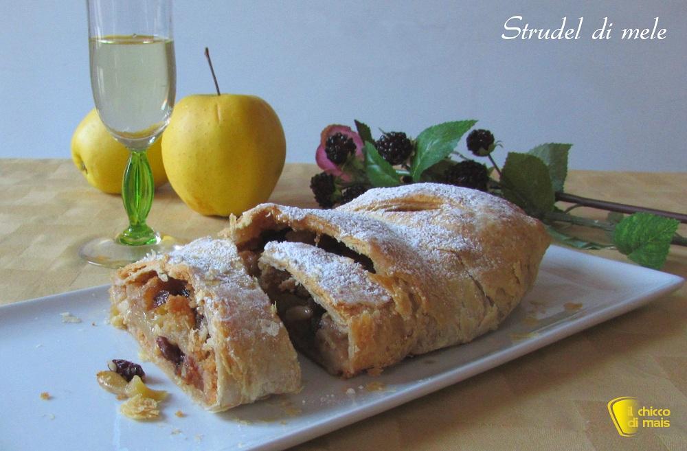 menu di natale vegetariano Strudel di mele ricetta con pasta sfoglia il chicco di mais