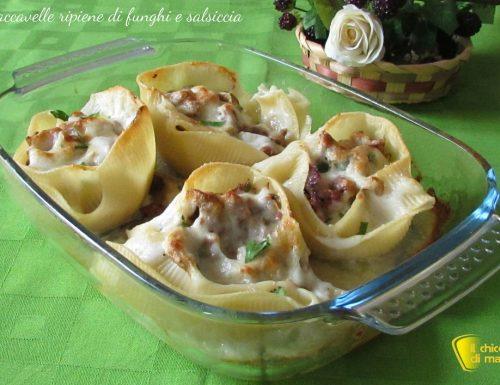Caccavelle ripiene di salsiccia e funghi (ricetta al forno)