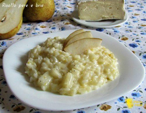 Risotto pere e formaggio brie (ricetta raffinata)