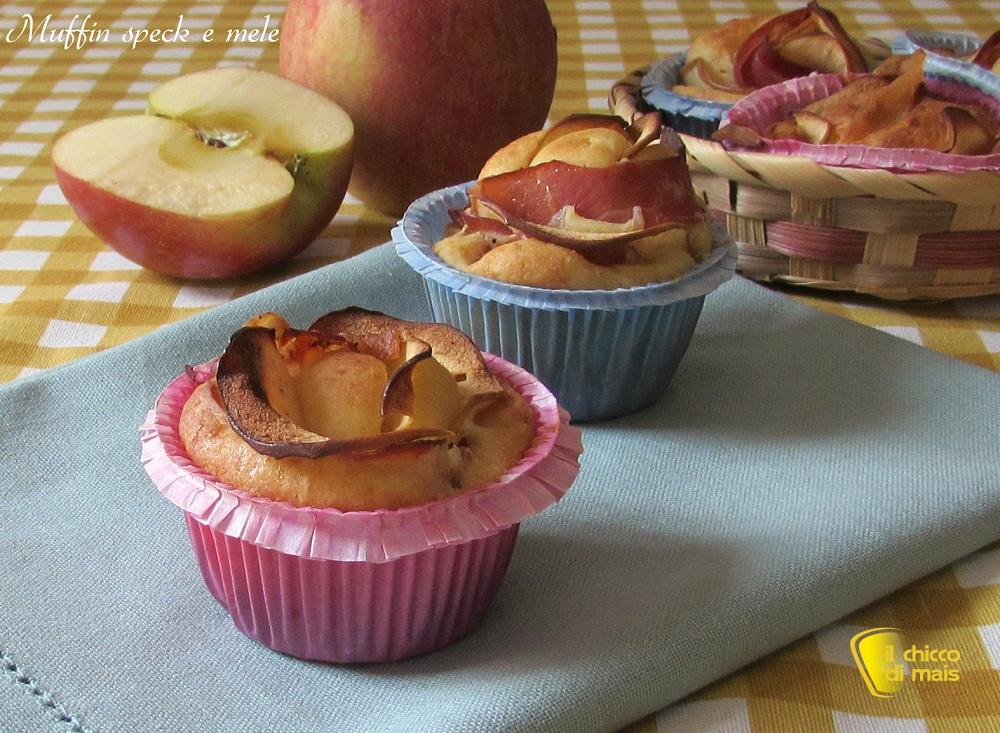 antipasti di Natale Muffin salati con speck e mele ricetta picnic il chicco di mais