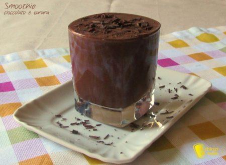 Smoothie al cioccolato e banana, ricetta dolce veloce