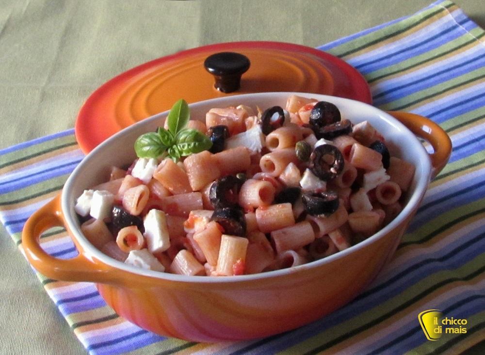 Insalata di pasta con olive e feta ricetta il chicco di mais