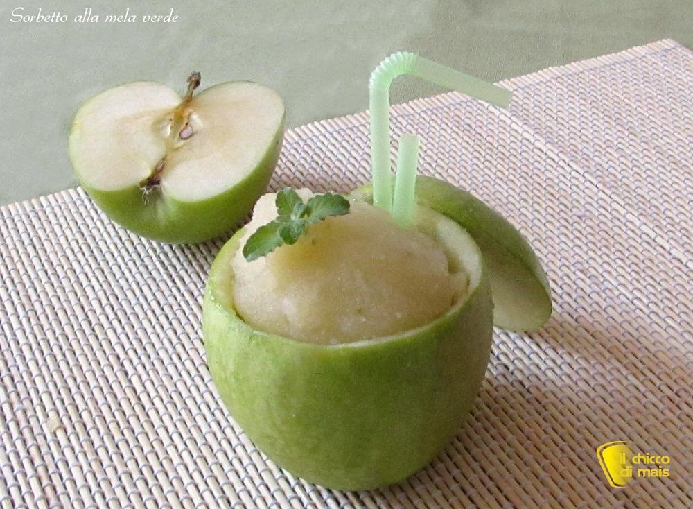 Sorbetto alla mela verde, ricetta con e senza gelatiera il chicco di mais