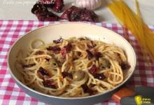 Pasta con peperoni cruschi, ricetta veloce