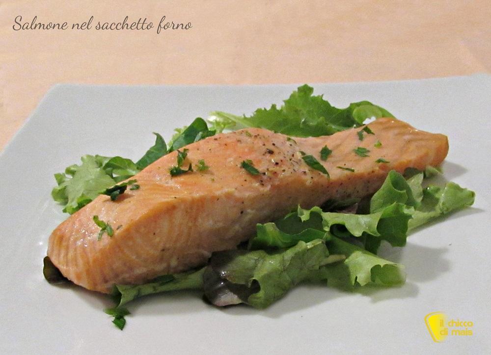 cenone di natale Trancio di salmone nel sacchetto forno ricetta light il chicco di mais