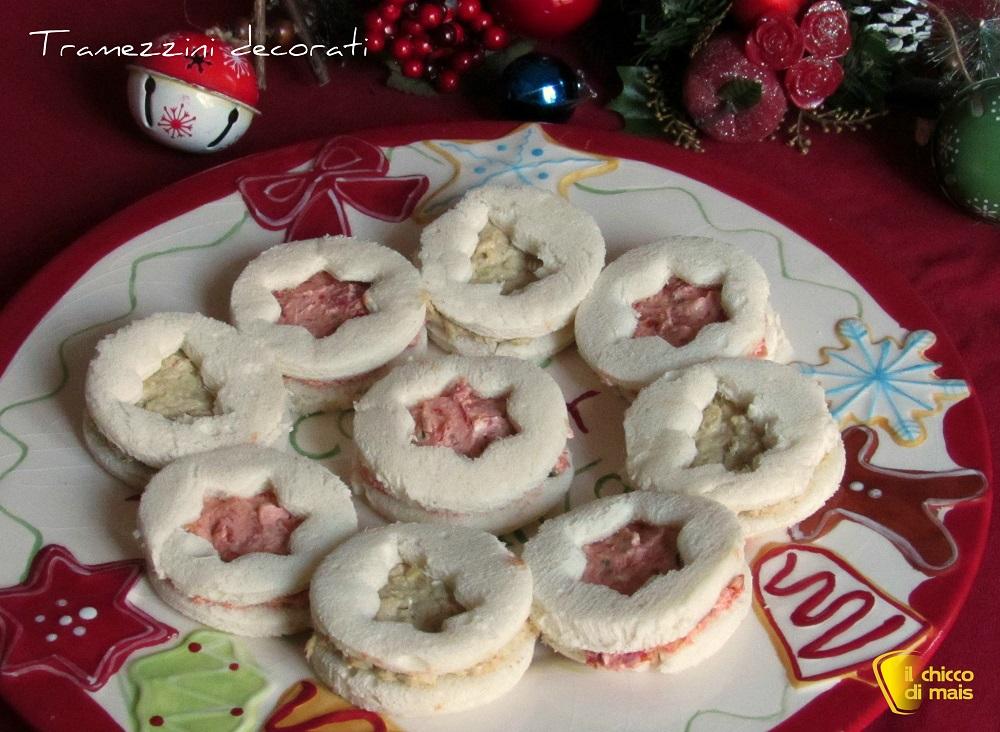 antipasti di natale tramezzini veloci decorati per natale ricetta crema di tonno e di pomodori secchi il chicco di mais