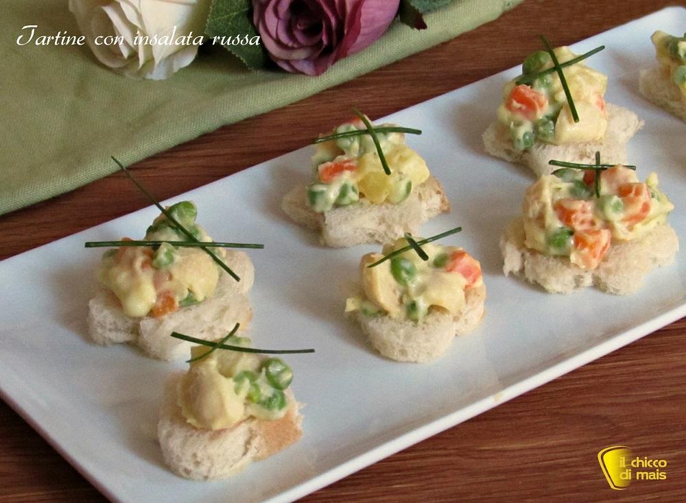 5 modi per servire l'insalata russa 4 tartine con insalata russa ricetta il chicco di mais