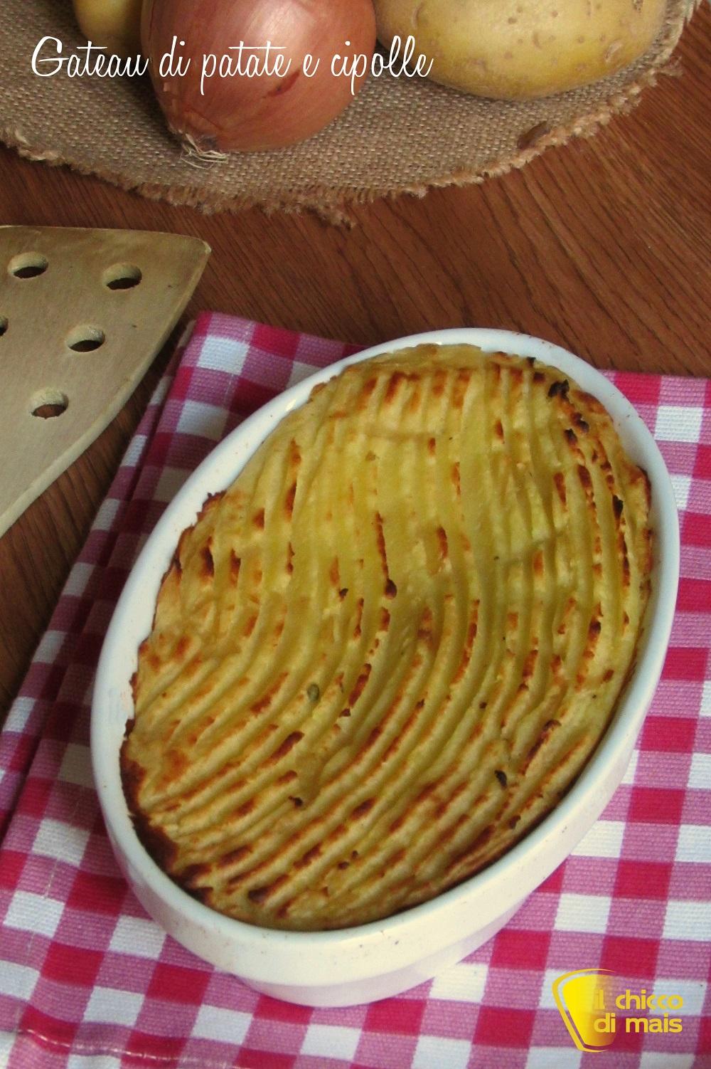 verticale Gateau di patate e cipolle ricetta facile senza uova il chicco di mais