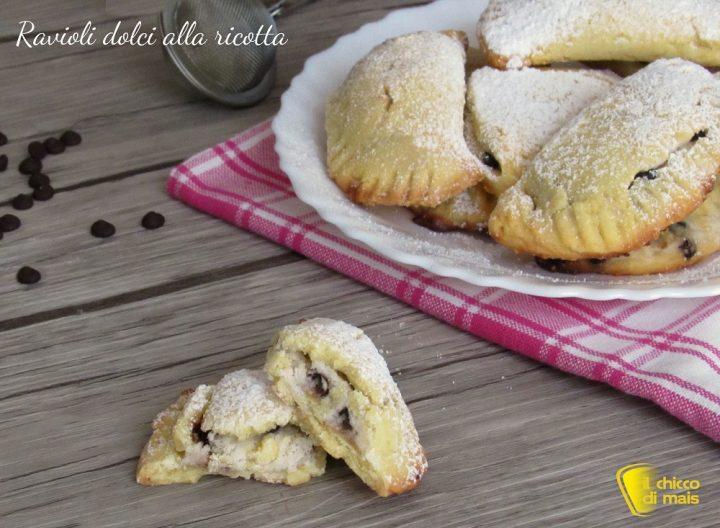 ravioli dolci alla ricotta al forno ricetta ravioli di carnevale con ricotta e gocce di cioccolato il chicco di mais