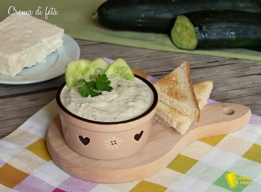 crema di feta spalmabile ricetta mousse di feta per crostini panini dip pinzimonio ricetta il chicco di mais