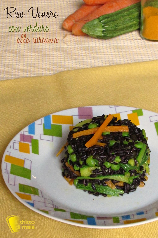 verticale_Riso venere con verdure alla curcuma ricetta light il chicco di mais