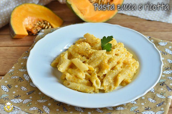 pasta con zucca e ricotta cremosa ricetta vegetariana facile economica il chicco di mais