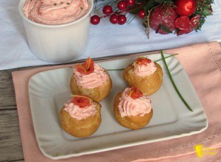 Bignè salati con spuma di salmone