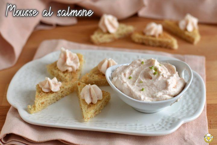 mousse al salmone affumicato ricetta facile e veloce senza cottura antipasto di pesce per natale