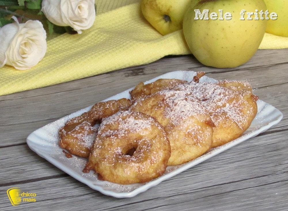 dolci di carnevale Mele fritte in pastella ricetta frittelle di mele con pastella che non si stacca il chicco di mais