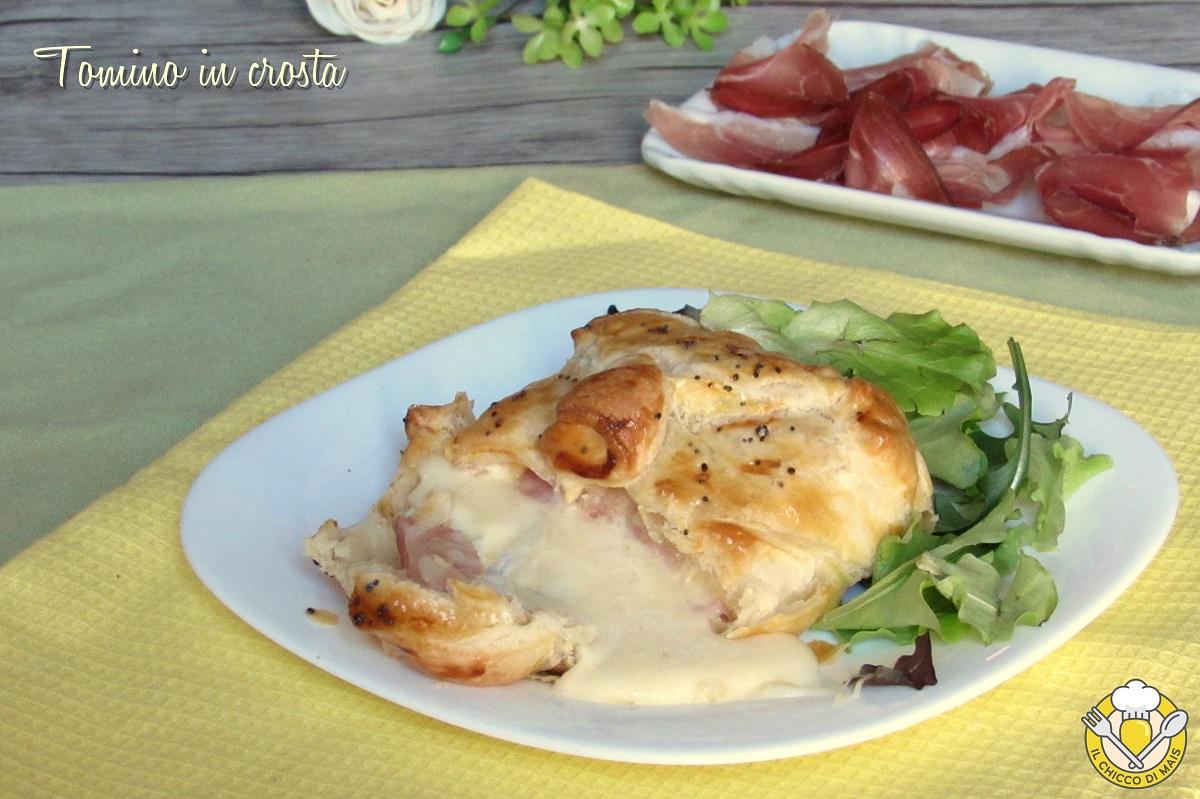 tomino in crosta di sfoglia con speck ricetta antipasto facile e veloce con pasta sfoglia il chicco di mais